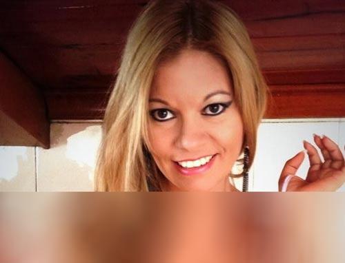 این خانم عکس های برهنه اش را منتشر کرد