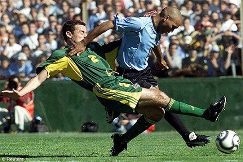 تصاویری از شرورترین و خشن ترین فوتبالیست ها