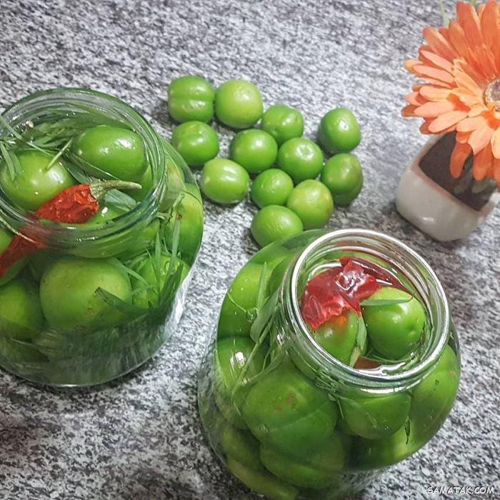 طرز تهیه ترشی گوجه سبز + خواص ترشی گوجه سبز