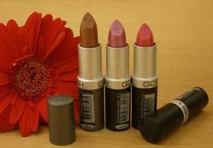معرفی 15 رنگ رژ لب برای پوست های مختلف