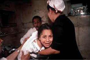 فتوای جدید و وحشیانه داعش مبنی بر ختنه کردن زنان + عکس
