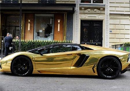 جلب توجه ماشین طلا به ارزش 6 میلیون دلار
