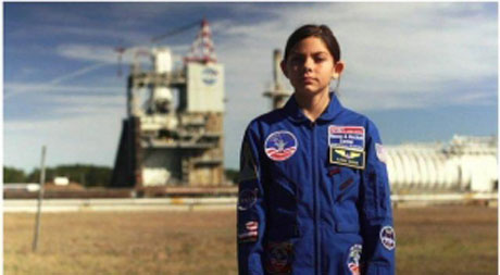 آلیسا، دختری 13 ساله مریخی می شود