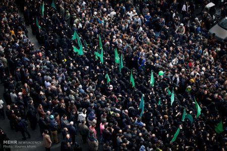 تصاویری از مراسم عاشورا و آتش زدن خیمه ها در ایران
