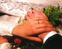 بزرگتر بودن زن از مرد در ازدواج چه عواقب و مشکلاتی دارد؟