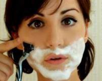 بهترین روش برای اصلاح موی صورت در زنان