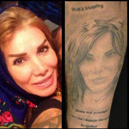 خواننده ایرانی که چهره مادرش را خالکوبی کرد