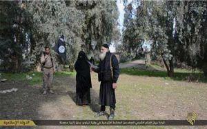 سنگسار خوشگل ترین زن عراقی بدست داعش (تصاویر 18+)