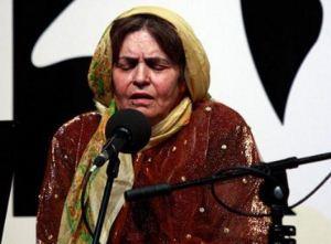 پروین بهمنی خوانندهی موسیقی قشقایی سرطان گرفت