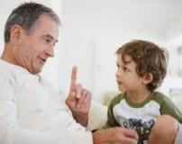 چگونه کودکی مودب و با ادب تربیت کنیم؟