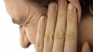 6 روش طبیعی درمان گوش درد