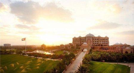 هتل 8 ستاره کاخ امارات ساخته شده از طلای خالص + تصاویر