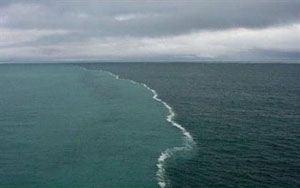 تفاوت رنگ آب در مرز بین دریای بالتیک و دریای شمال