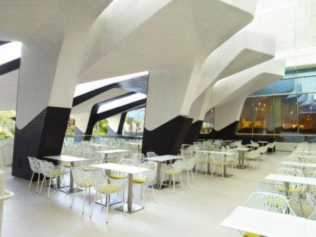 تصاویری از مجلل ترین استخر دنیا در شهر لاس وگاس