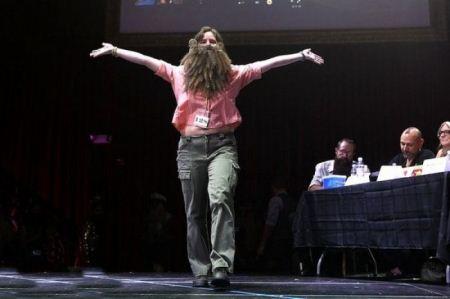 مسابقه دختران ریش و سبیل دار آمریکایی + تصاویر