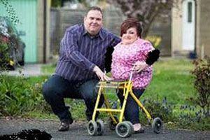 ازدواج دختر قد کوتاه نیم متری با مرد چاق 2 متری
