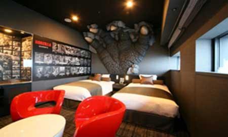 هتل جالب به شکل گودزیلا در توکیو + تصاویر