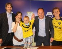 عقد قرارداد فوتبال با کودک 2 ساله