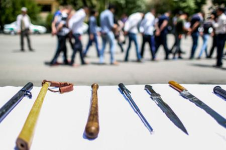 انواع مانتوهای بلند خط خطی تصاویری از بدن خط خطی اراذل و جاهلین تهران