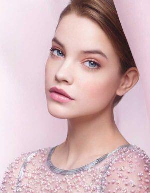 میکاپ و آرایش ملایم صورت مناسب برای دختران نوجوان