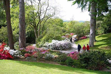 بهترین باغ های دیدنی جهان با گل های زیبا