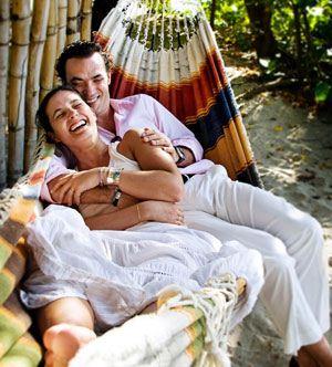 ترفندهای لذت بخش کردن نزدیکی با همسر