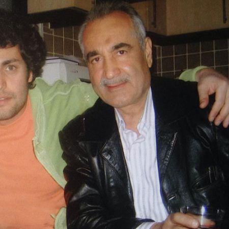 عکس پدر امیر محمد زند در خانه این بازیگر