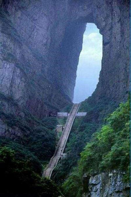 مسیرهای صعب العبور و دیدنی جهان (عکس)