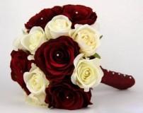 عکس دسته گل عروس تزیین شده با متدهای مدرن