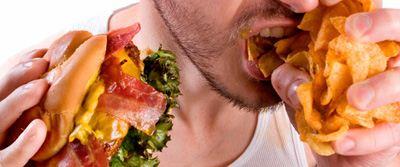 با اعتیاد به غذا خوردن چگونه مبارزه کنیم؟