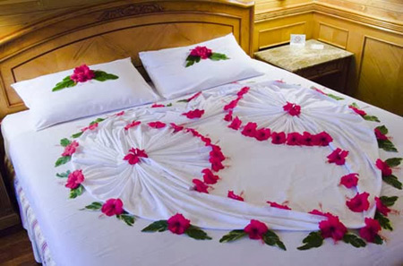 تزیین اتاق خواب عروس و داماد مخصوص شب زفاف