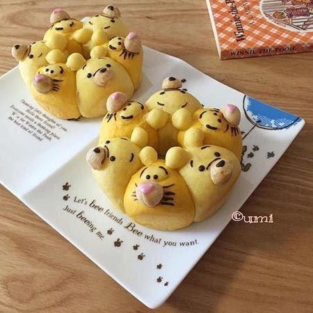 پخت نان فانتزی به شکل شخصیت های کارتونی (عکس)