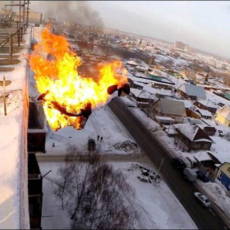 پرش پسر آتش گرفته از بالای ساختمان 9 طبقه + تصاویر