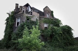 خانه های متروکه و ترسناک جهان ملقب به خانه ارواح + تصاویر