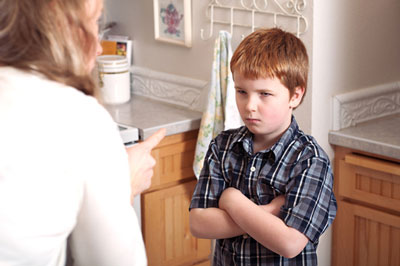 تفاوت کودکان خالی بند با بچه های دروغگو
