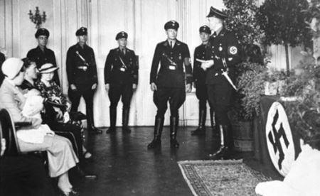 زنان زیبا و جذابی که به دست هیتلر حامله شدند + تصاویر