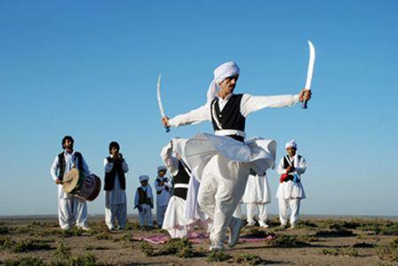 معرفی انواع رقص های محلی و سنتی ایرانی + تصاویر