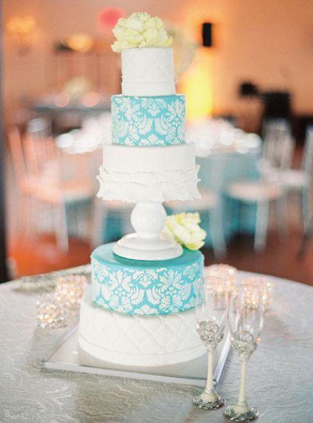 زیباترین مدل های کیک عروسی به رنگ سال 2016