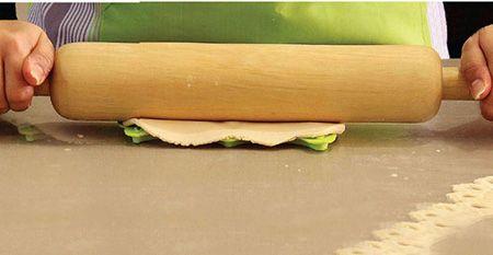 آموزش تصویری و مرحله به مرحله تزیین کیک با خمیر فوندانت