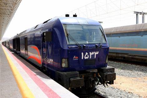 قطار فدک 5 ستاره (عکس)