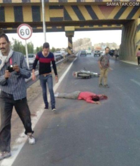 تصادف منجر به فوت راکب موتورسیکلت در جاده یزد + تصاویر