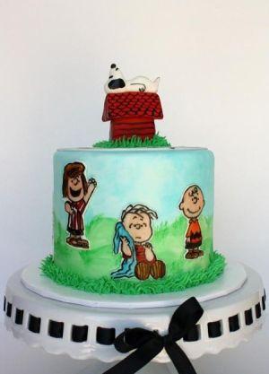 نقاشی روی کیک تولد کودکانه (عکس)