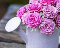 آموزش تصویری ساخت گل رز با کاغذ رنگی
