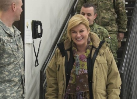 عکس های بدون لباس رئیس جمهور زن کرواسی در کنار دریا