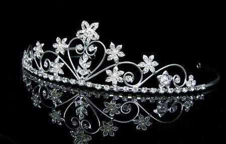 تاج سر | کلکسیون زیباترین مدل های تاج سر عروس