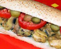طرز تهیه ساندویچ مرغ و قارچ بازاری در منزل