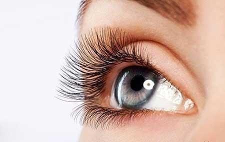 شوره مژه چشم را با این 6 روش رفع کنید
