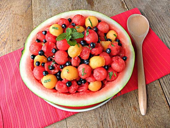 خوراکی ها و غذاهای مناسب کودک در فصل گرم تابستان