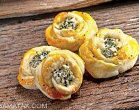 دستور تهیه نان و پنیر و سبزی به روش مدرن