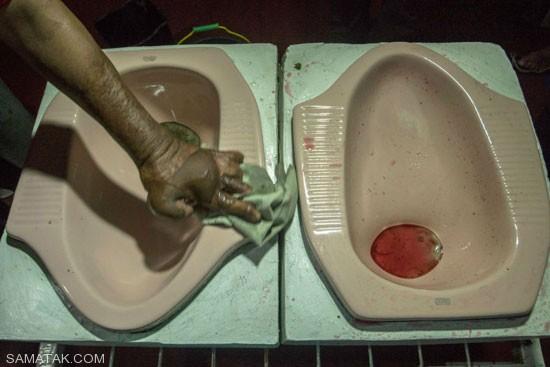 سرو غذا در کاسه های توالت چندش آور + تصاویر